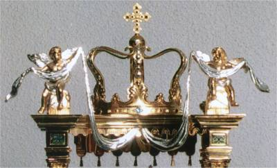 The Millenium Monstrance Crown of Gold